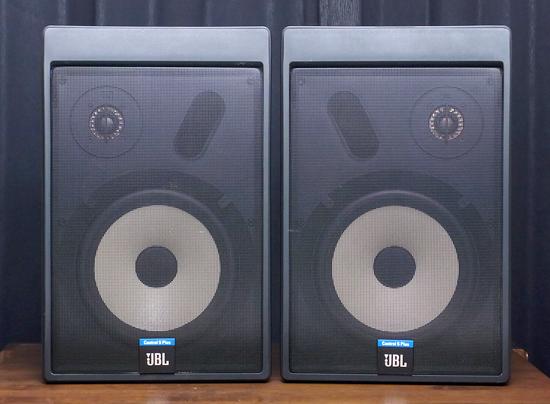 JBL Control5 Plus コントロール5 スピーカー写真