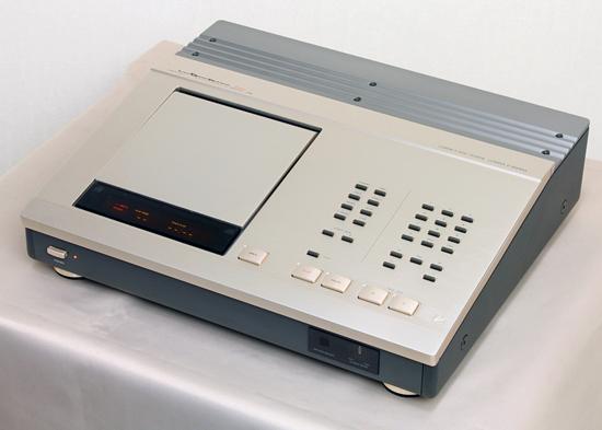 LUXMAN D-500XSII ラックスマン CDプレーヤー写真