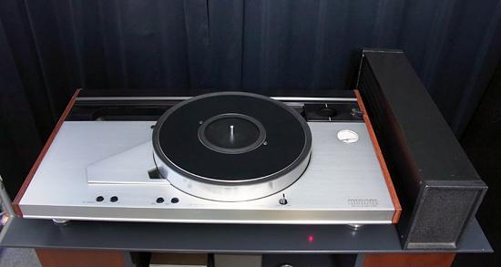 LUXMAN PD555 ラックスマン ターンテーブル写真